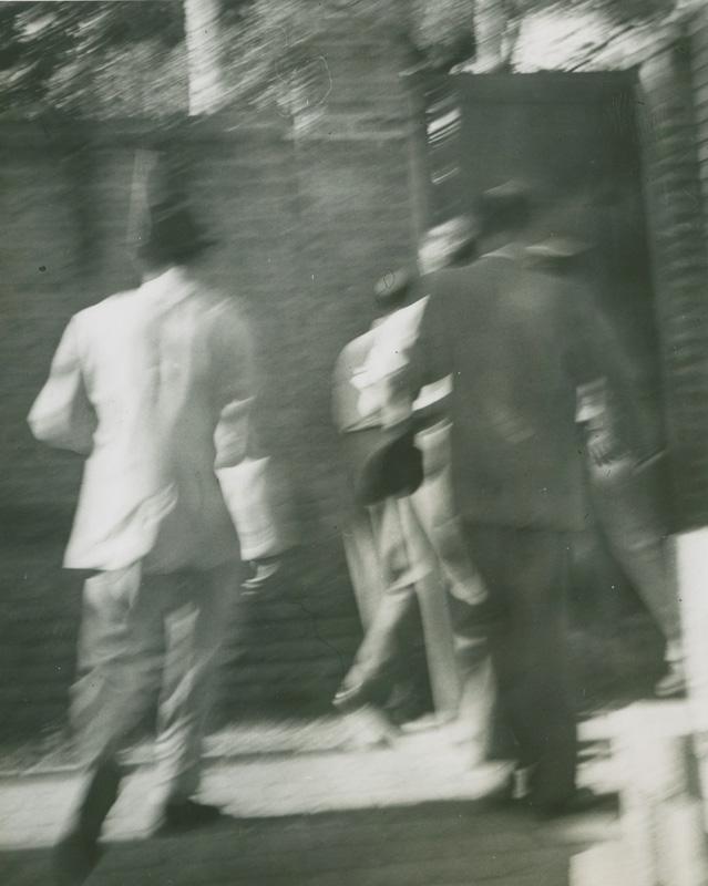 [Image: Zahedi-leaving-safehouse.jpg]