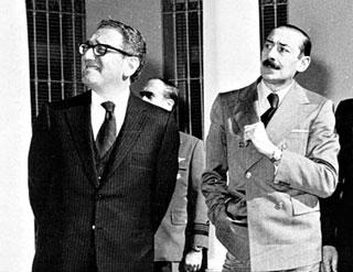 http://nsarchive2.gwu.edu/NSAEBB/NSAEBB514/photos/img-3-Kissinger-Videla-320.jpg