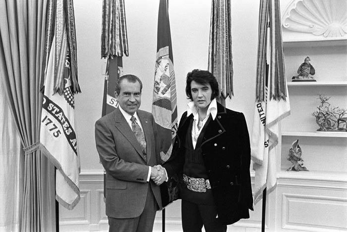 http://www.gwu.edu/~nsarchiv/nsa/elvis/photos/020415_1335/images/5364-19.jpg